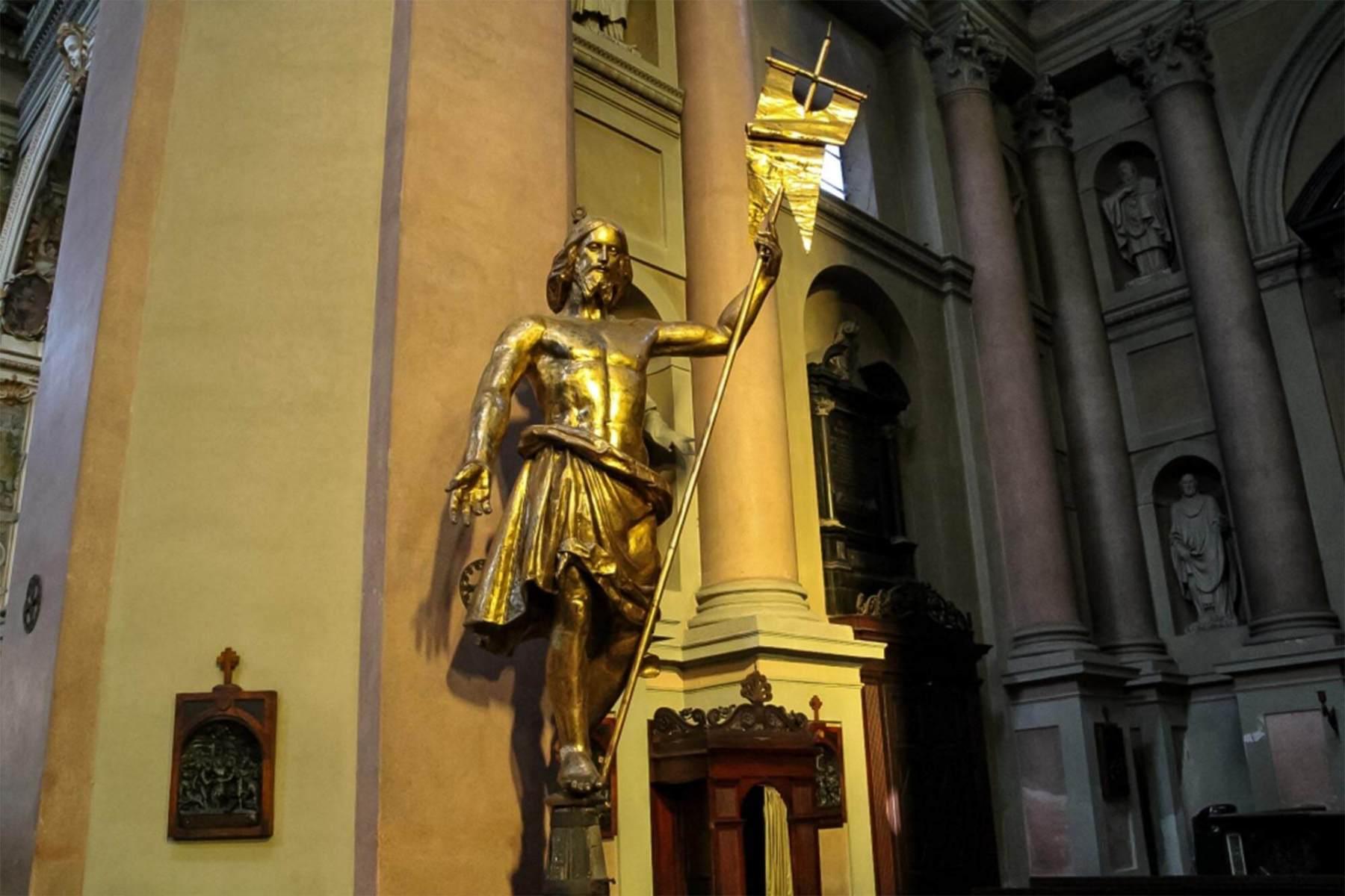 Statua del Cristo Salvatore