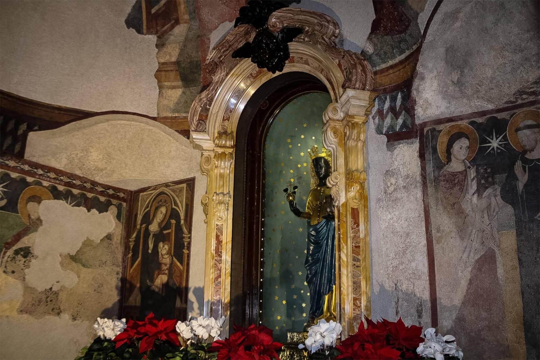 Santuario di Oropa- Madonna Nera